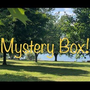 😊 3 item 🎁CUSTOMIZED BOX!🎁